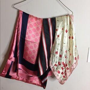 Silky scarfves vintage designer patterned bandana